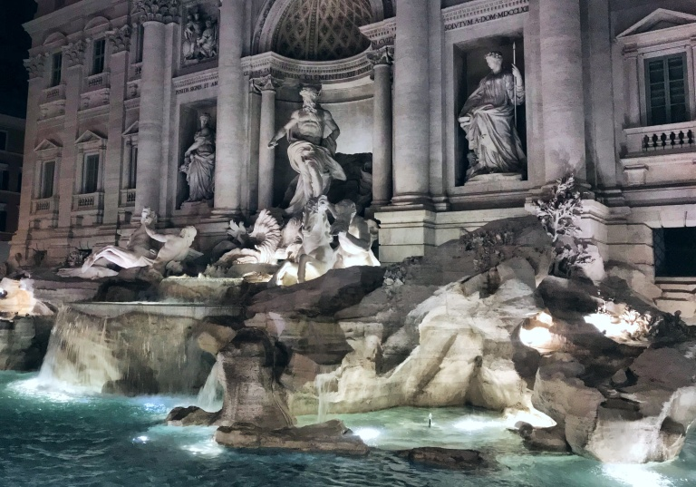 Where to Stay, Eat, and Watch the Sunset in Rome, Spring Fashion 2018, H&M Style, H&M Trend, Spring Fashion2018, Italian it Girl, Vogue Italia, Piazza Popolo, Rome Italy, Roma, Trevi Fountain, Asha Raval, italian fashion blogger, Best Fashion instagram Italy, Trevi Fountain at Night