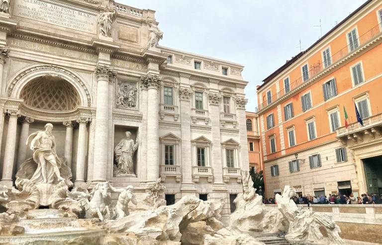 Where to Stay, Eat, and Watch the Sunset in Rome, Spring Fashion 2018, H&M Style, H&M Trend, Spring Fashion2018, Italian it Girl, Vogue Italia, Piazza Popolo, Rome Italy, Roma, Trevi Fountain, Asha Raval, italian fashion blogger, Best Fashion instagram Italy, Trevi Fountain, 9 Surprising Trevi Fountain Facts , Trevi Fountain at Night, Asha Raval, Rome Italy, What to See in Rome, Fountana di Trevi