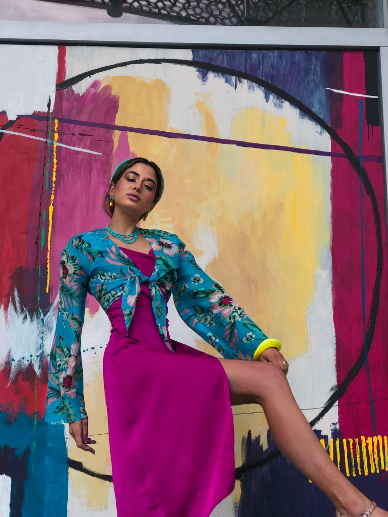 How I hue, Colorful Style, Asha Raval, San Francisco Style, Fashion Blogger San Francisco, Fashion Model, Mixed Race Model, How to handle Stress, UX Designer San Francisco, Living a Creative Life, DvF Crop Top, Salesforce Park SF, Fashion and Art, San Francisco Mural, SF Public Art, San Francisco Art Fashion